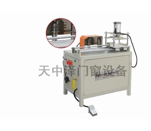 TZZ-X小气动端面铣榫机